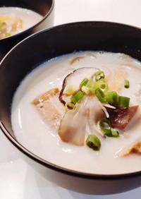 鮭とキノコの豆乳味噌スープ QCW