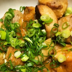 里芋と鶏肉の味噌煮込み