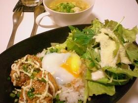 照焼き豆腐ハンバーグの♡ロコモコプレート