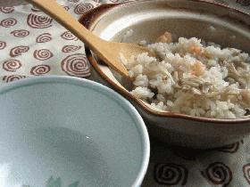 1人前土鍋で小海老ご飯
