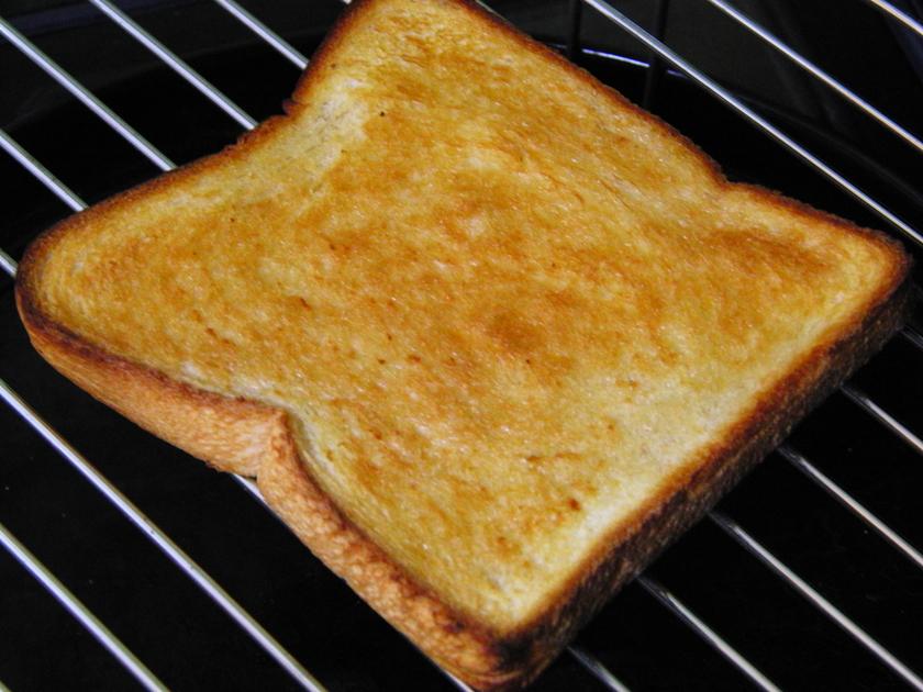 ごま油トースト