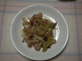 鶏肉ときのこの中華炒め