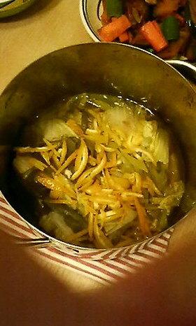 簡単☆ほっこり☆鶏と白菜の柚子蒸し煮