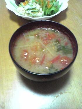 トマト入りお味噌汁