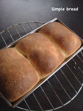 パウンドケーキ型のシンプル食パン風