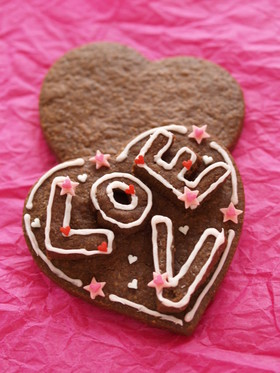 バレンタインに♥LOVEデコクッキー