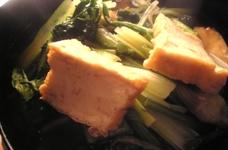 厚揚げと小松菜と水菜とほうれん草の煮浸し