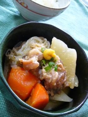 牛すじ肉と根菜の味噌煮込みおでん