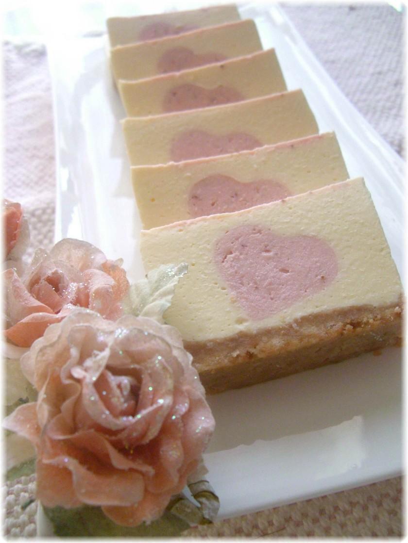 ♡苺のハート♡ レアチーズケーキ
