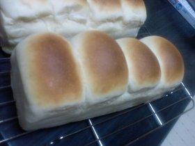 オNEW『パウンド山型パン』作品