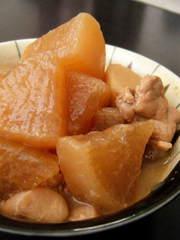 大根と里芋の味噌煮の写真