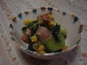 青梗菜とベーコンの炒め物