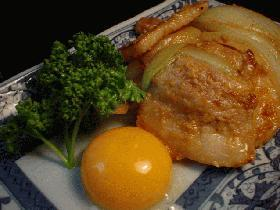 生姜味噌風味の「月見豚」