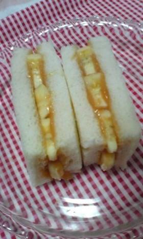 ピーナッツ&バナナサンド