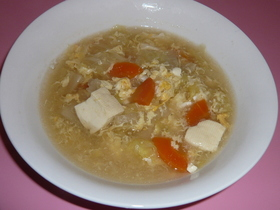 白菜と卵の中華スープ