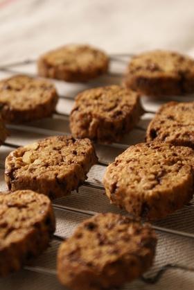 サラダ油で!黒糖と胡桃のサクサククッキー