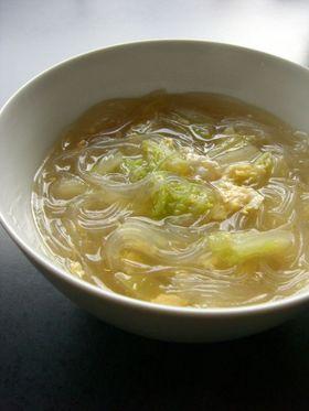 白菜と玉子の春雨スープ