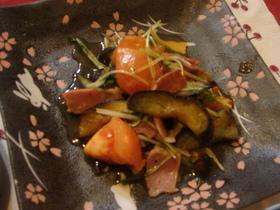 ナスとトマト、ベーコン水菜のサッと炒め♪