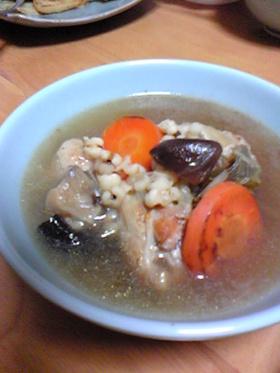 手羽元の薬膳スープ