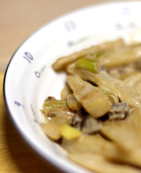 長芋と牛ハツのマヨネーズ炒め
