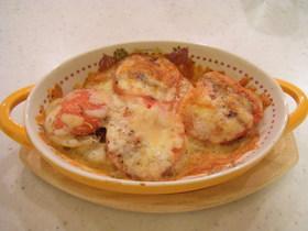 トマトとじゃがいものチーズ焼き