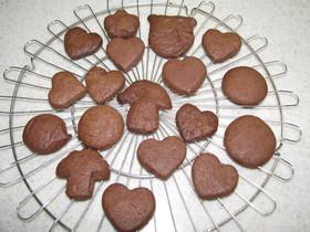 サクッ、サクッ。チョコクッキー