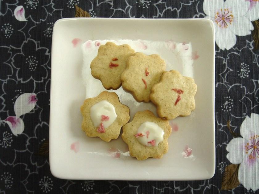 桜の花びらクッキー