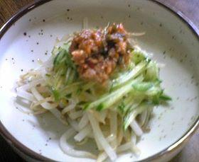 肉味噌サラダ