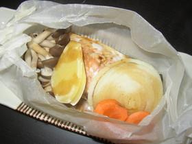 レンジで鮭のホイル焼き