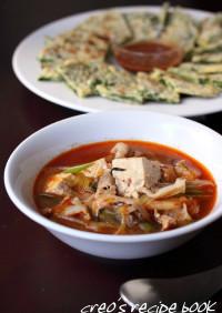 豆腐と豚肉のキムチスープ
