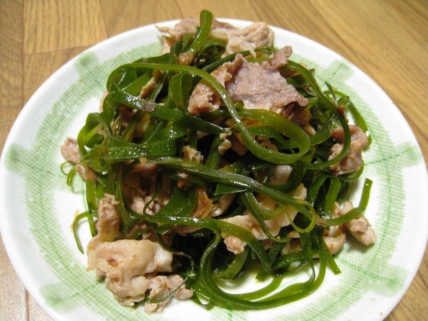 お弁当にも♪昆布と豚肉 簡単炒め