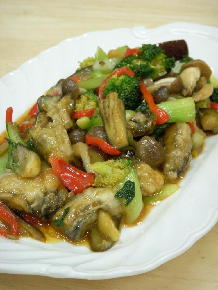 牡蠣と野菜のコチュジャン炒め