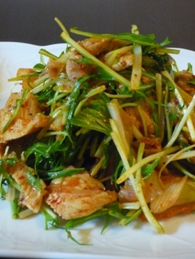 水菜と豚肉のキムチ炒め