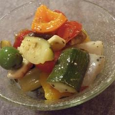 野菜とチーズ&フルーツのマリネ