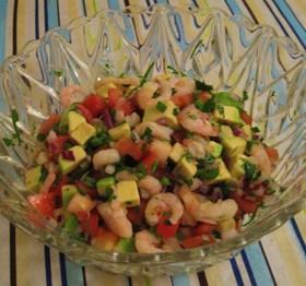 アボカドとトマトのカラフルサラダ