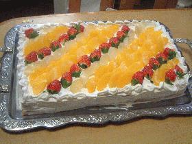 ビッグサイズのフルーツケーキ