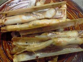マテ貝のしょう油バター炒め