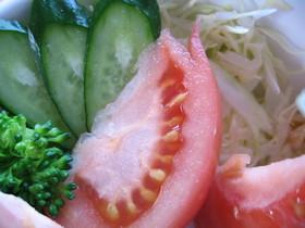 レストラン風!?トマトの切り方(・ω・)