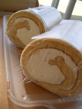 キャラメルシフォンロールケーキ