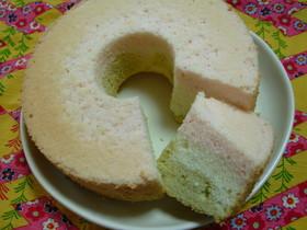 ひなまつりの三色シフォンケーキ