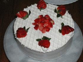 ◆◇デコ◇◆苺のケーキ 誕生日に☆