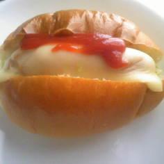 簡単チーズホットドック