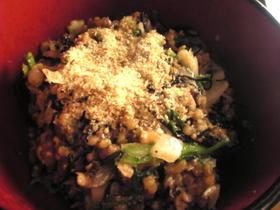 圧力鍋:ハマチのアラとひじきと春菊の炒飯