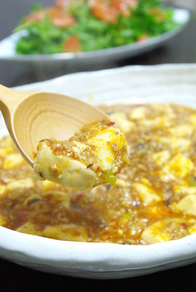 花椒たっぷりかけて、本格麻婆豆腐