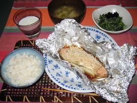 簡単♪炊飯器でご飯と一緒にホイル焼き