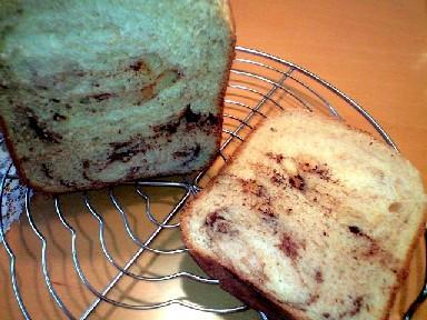 HBで 板チョコ☆マーブル食パン