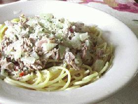 簡単なのにウマ~。ツナと玉葱のパスタ・マヨ風味: