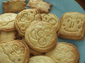 息子と・・・アンパンマンクッキーができるまで