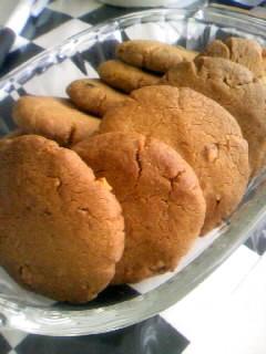 ピーナッツバターde香ばしクッキー。