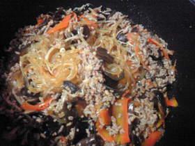 春雨と豚ひき肉のピリ辛炒め